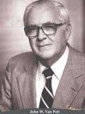 1982-1983-John-W.-Van-Pelt