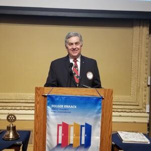 Past President Bob Garagiola 3-11-21 leading the St Louis Rotary Club meeting